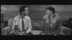 shirley-in-the-apartment-shirley-maclaine-5246326-1280-720